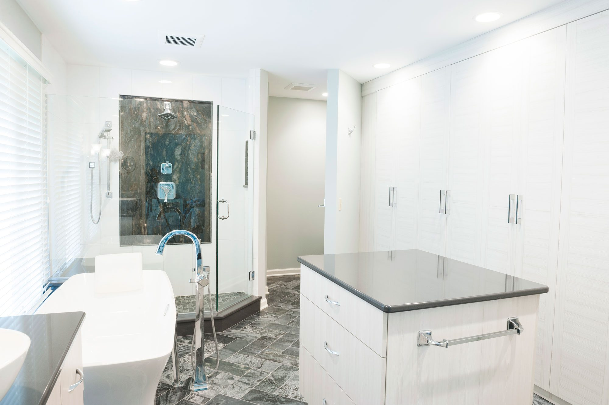 Contemporary Master Bathroom with Lake Views | Case Indy