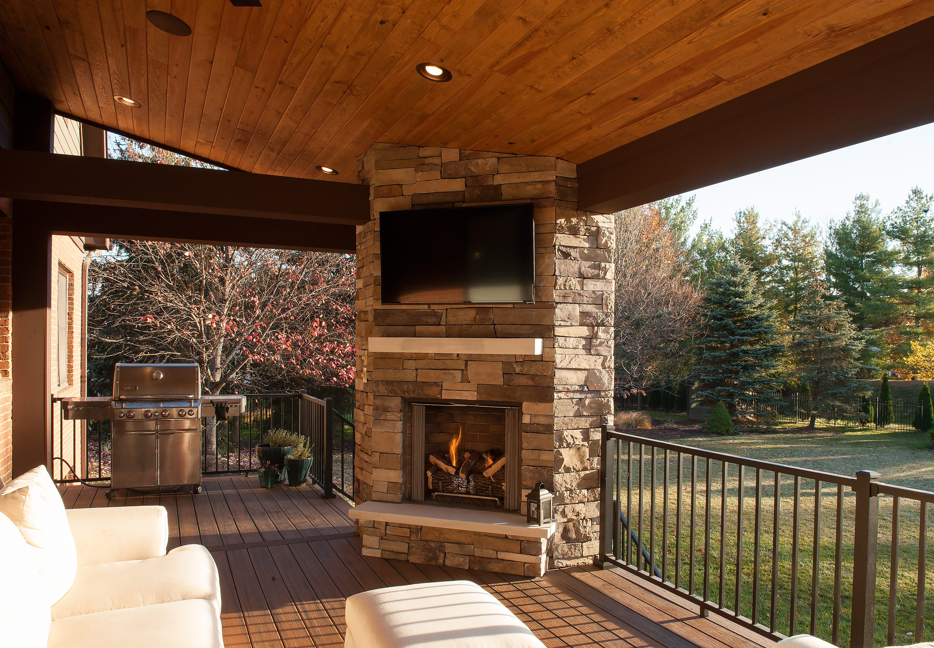 Outdoor Living All Year | Case Indy on Doobz Outdoor Living id=98964